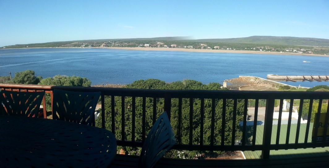PANORAMIC VIEW FROM NAUTILUS OVERLOOKING THE BREEDE RIVER